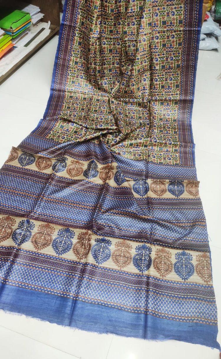 Cream-Tussar-Silk-Saree-with-blue-border