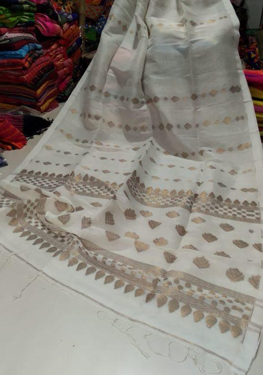 Pleasing White Golden Zari Handwoven Jamdani Cotton Linen Saree