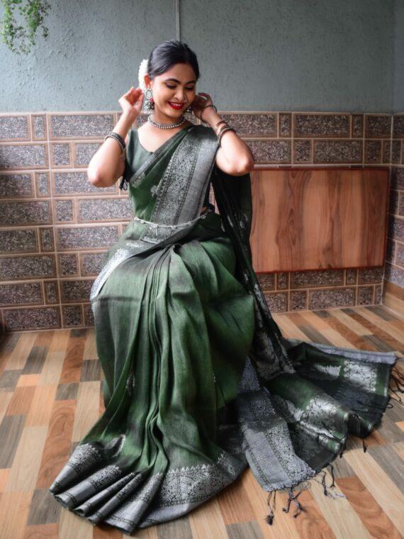 Stunning Dark Bottle Green Linen Handloom Saree with Banarasi Design (3)