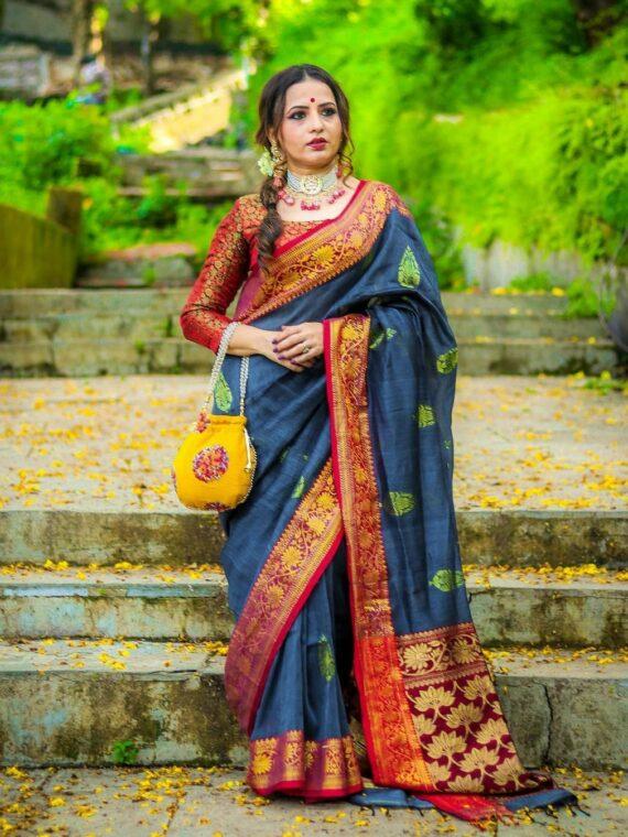 Brilliant Dark Grey Banarasi Weave Linen Saree For Happy Occassions (3)